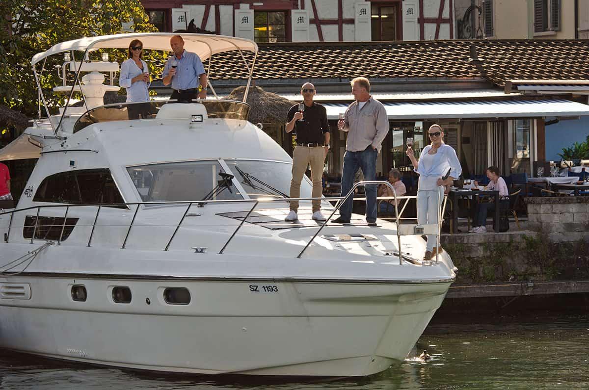 Partyyacht und Motoryacht Geschäftsausflug Schweiz