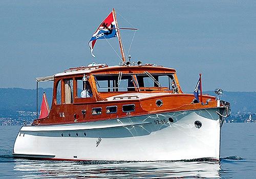 Oldtimer Motorboot Geschäftsausflug Schweiz Swiss Craft
